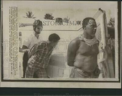1968 Press Photo Two Negros Arrested Miami Liberty City - RRS85561