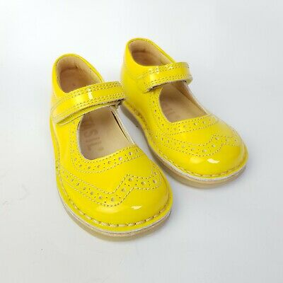 Petasil Girls Yellow Mary Jane Leather Shoe Size 5 UK Kids Sandals Summer Pump