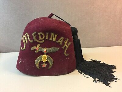 Vintage MEDINAH SHRINERS JEWELED FEZ HAT with Black Tassel Good Condition