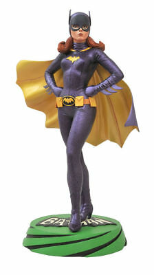LE Batgirl Statue Yvonne Craig Classic 1966 Batman TV Series Diamond Select Toys