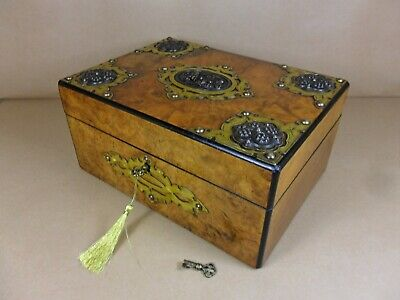 ANTIQUE VICTORIAN BURR WALNUT GOTHIC REVIVAL JEWELLERY/SEWING  BOX.C1870 (Cd 504