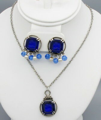 Vintage Blue Molded  Glass Intaglio Cameo Necklace Set