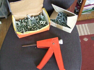 Hilti M6 Sleeve Anchor Fixings And Installer