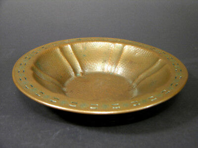 "Arts & Crafts Era Copper Bowl, Hand Hammered, Floral Design Edge, 8 5/8"" Across"