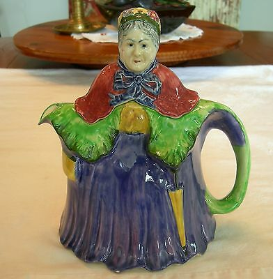 LITTLE OLD LADY TEA POT TEAPOT Made In England - Vintage