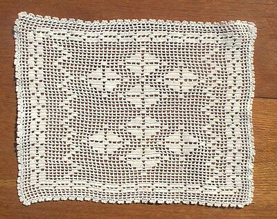 Doily Table Scarf Runner Lace Vintage Hand Crocheted Snow White