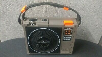 GE Portable 8 Track Tape Player Model NO. 3-5505F Boom Box - POWERS ON AND PLAYS