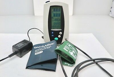 WELCH ALLYN 420 VITAL SIGNS Monitor NIBP/Pulse/SpO2/NO Nellcor sensor cable)Cuff