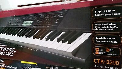 Promo. Piano clavier digital neuf Casio CTK-3200