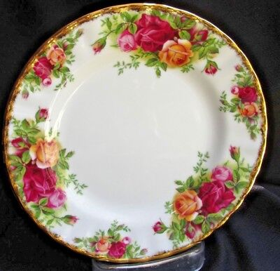 "Royal Albert 1962 Old Country Roses Dessert BB Plate Bone China 6.25"" England"