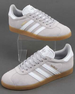 adidas Gazelle Trainers in Green & White with Gum Sole retro suede classic