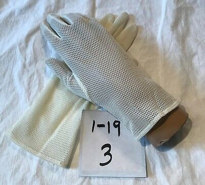 Sweet Vintage Kayser Cream Nylon Mesh Ladies Gloves Size 6