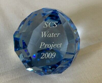 Swarovski Briefbeschwerer, Paper weight, mit Gravur, SCS Water Project 2009