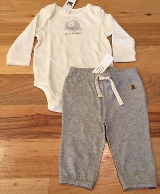 """Baby Gap Boys 3-6 Months Outfit. """"Beary Adorable"""" Shirt & Gray Pants. Nwt"""