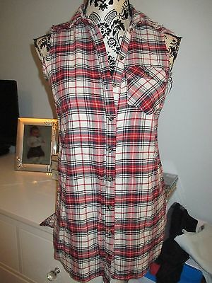 womens/girls sleeveless blouse/top - red checked detail - size 8 - River Island