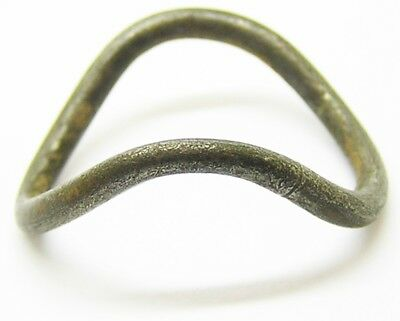 Middle La-Tene Iron Age Celtic Magical Silver 'V' Type Schaukelring Ring Size 11