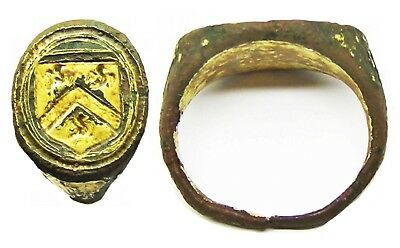 Good 16th century Excavated Tudor Period Gold Gilded Armorial Signet Ring Size 5