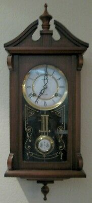 o'o'o . 31 DAY WIND-UP Chiming WALL CLOCK . Chimes . Swinging Pendulum with Key