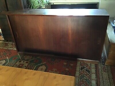 Antique mahogany cabinet/sideboard