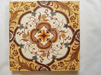 English Pretty Floral Geometric Design Tile