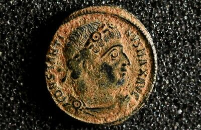 Constantine I 310-337 AD. AE Ancient Roman bronze coin Armed Solders, Standards.