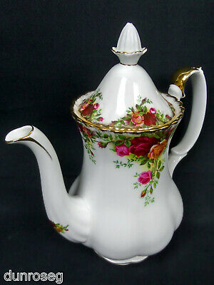 OLD COUNTRY ROSES MEDIUM COFFEE POT, 8 CUPS, 1st QLTY, GC, 1962-73, ROYAL ALBERT