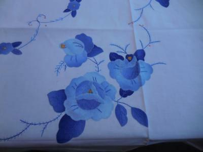 VINTAGE Blue Flower Applique & Hand Embroidery Tablecloth w/12 Napkins 102 x 69