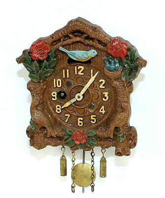 VINTAGE KEEBLER NOVELTY CUCKOO CLOCK with SLIDING BIRD FEEDING NEST- TB74