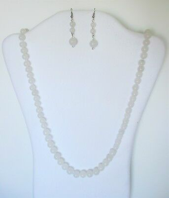 """White Jade Natural Round Beads Strand Necklace Set.  32"""" Long.  NWT   WHTR"""