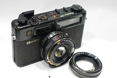 Yashica GT Electro 35 Rangefinder 35mm camera with 45mm 1:1.7 lens