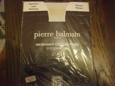 1 pair Genuine Vintage PIERRE BALMAIN PARIS seamfree lace stockings un-opened