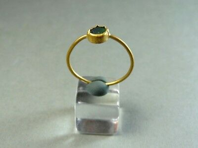 Ancient Gold & Glass Ring Roman 100-300 Ad