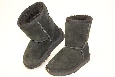 fd7711c91cd UGG AUSTRALIA 5251T Classic Toddler Short Brown Boot SZ10 Preowned ...