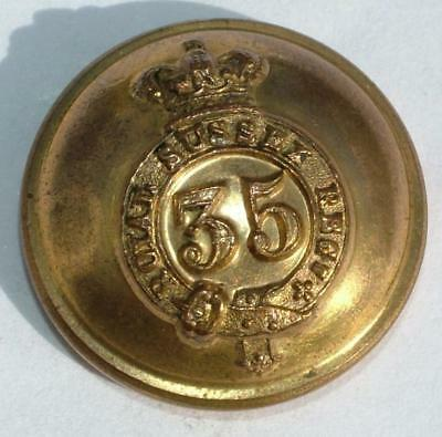 THE 35th REGT ROYAL SUSSEX REGIMENT OF FOOT OFFICERS GILT BUTTON 1855-81 LOT 218