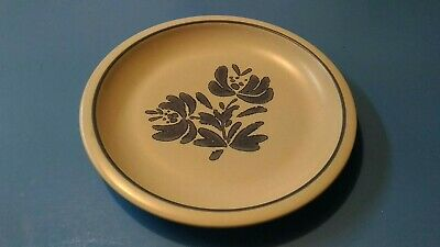 """Pfaltzgraff 'Yorktowne' Luncheon Plate 8 3/8"""" - Great Addition or Replacement"""
