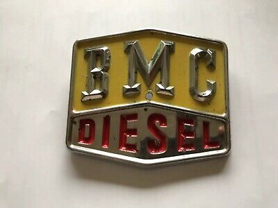 nuffield tractor Not Leyland ,BMC Badge