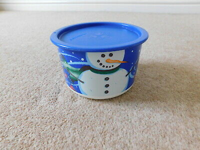 TUPPERWARE Round Christmas Container