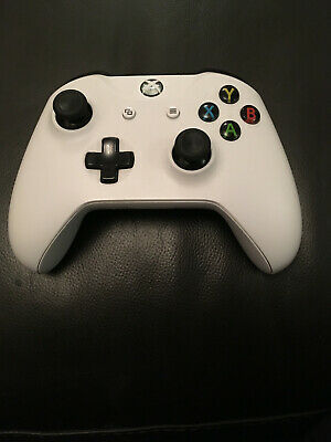 Microsoft  Xbox One 1708 Wireless Controller - White  For Parts