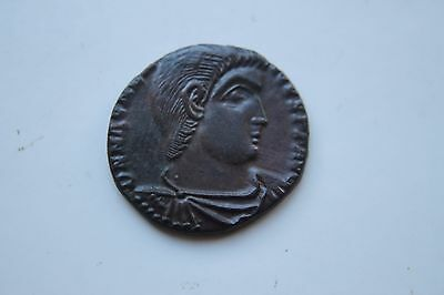 ANCIENT ROMAN DOUBLE CENT COIN MAGNENTIUS 4th CENTURY AD CHI RHO
