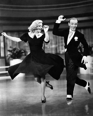 FRED ASTAIRE & GINGER ROGERS in SWING TIME Movie Photo  (174-L)