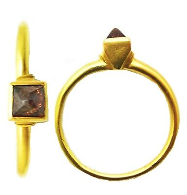 14th - 15th century Medieval gold finger ring with pointed diamond type bezel