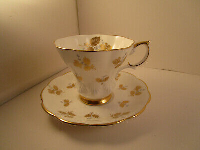 Vintage Royal Albert Bone China England Cup & Saucer Gold Blue Flowers