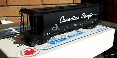 NIB Sylvan Scale Models Canadian Pacific 4 hatch tank hopper w etched end cages
