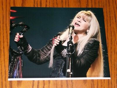 Fleetwood Mac Stevie Nicks Beautiful 8X10 Color Photo
