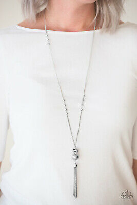 Paparazzi Jewelry Necklace ~The Only Show In Town - Silver~ Vintage! RARE! NWT!