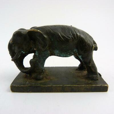 19th CENTURY CHNESE BRONZE SEAL IN THE FORM OF AN ELEPHANT