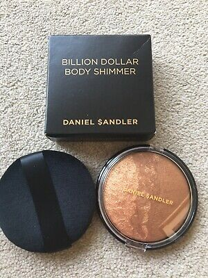 Daniel Sandler Billion Dollar Bronzer face Body Highliter 15g & puff  boxed new