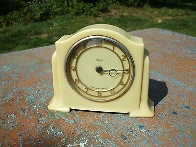 VINTAGE 1950s ART DECO SMITHS YELLOW CREAM BAKELITE MANTEL CLOCK ~ WORKS