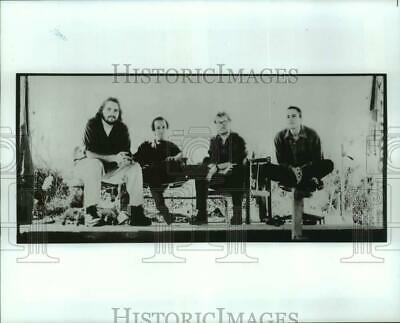"""1995 Press Photo Members of the Band """"Toad the Wet Sprocket"""" - hcx36000"""
