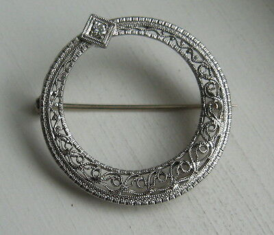 Vintage 14K Solid White Gold Filigree Diamond Circle Brooch Pin